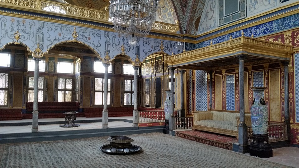places to visit in istanbul the Topkapi palace