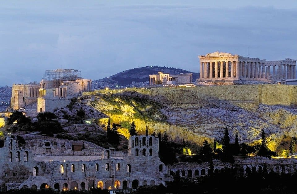Places to visit in Athens, the Acropolis