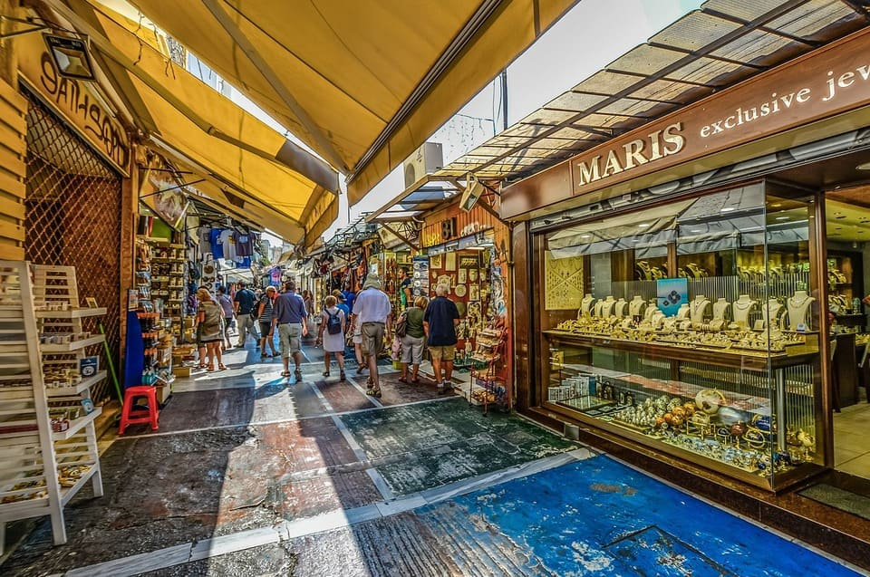 Things to see in Athens, Plaka neighbourhood